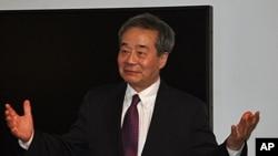 중국의 저명한 반체제 인사이자 인권 운동가이자 해리 우. (자료사진)