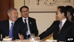نظربايف: قزاقستان با پشت کردن به سلاح اتمی منافع بزرگی کسب کرد