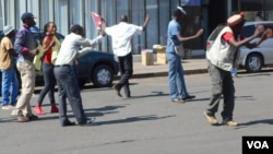FILE: MDC-T activists staging protests in Harare, Zimbabwe, on Thursday. (Photo: VOA)