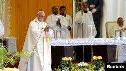 Papa Franja privodi kraju posetu Latinskoj Americi misom u Paragvaju
