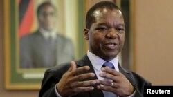 Usibalukhulu webhanga leReserve Bank of Zimbabwe, UMnu. John Mangudya.