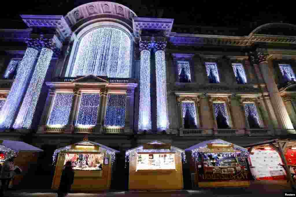 چراغهای بورس سهام بروکسل به مناسبت کریسمس.