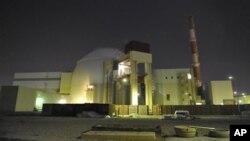 ເຕົາແຍກ ທີ່ໂຮງໄຟຟ້ານິວເຄລຍ Bushehr ທີ່ຕັ້ງຢູ່ອກເມືອງທ່າ Bushehr ຂອງອີຣ່ານ