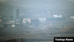 경기도 파주 도라산전망대에서 바라본 개성공단. (자료사진)