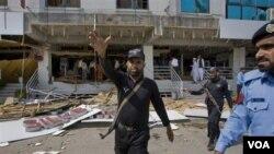 Polisi Pakistan sering menjadi sasaran serangan militan Taliban (foto: dok.).