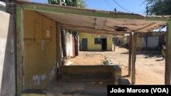 Barbearia onde dois jovens foram assassinados em Benguela