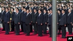 中國領導人十一集體亮相。(資料照片)