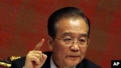 中國總理溫家寶在記者會表示,北京反對伊朗關閉霍爾木茲海峽