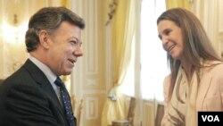 La infanta Elena de Borbón entregó la ayuda como directora de Proyectos Sociales y Culturales de la Fundación Mapfre.