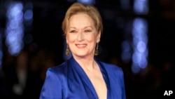 "Meryl Streep dalam penayangan perdana film ""Suffragette,"" dalam rangkaian acara pembukaan festival film London, 7 Oktober 2015 (Foto: dok)."