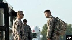 전투 임무 종결하는 이라크 주둔 미군들