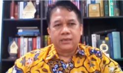 Guru Besar Fakultas Hukum Universitas Diponegoro, Prof Suteki. (Foto: VOA/Nurhadi)