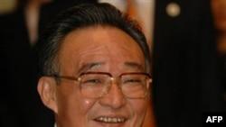 Ông Ngô Bang Quốc phát biểu trước các đại biểu Quốc hội rằng giới lãnh đạo Trung Quốc đã đưa ra một tuyên bố nghiêm túc rằng sẽ không theo một hệ thống dân chủ đa đảng