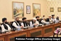 탈레반 협상단이 지난 3일 파키스탄 외교부를 방문했다.
