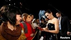 "Aktris Daisy Ridley tiba di acara pemutaran perdana ""Star Wars: The Last Jedi"" di Los Angeles, California, 9 Desember 2017."