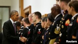 براک اوباما رئیس جمهور ایالات متحده از عمل کرد نیزوهای این کشور در برابر گروه دولت اسلامی تمجید می کند.