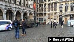 Tenkovi čuvaju turističke centre u Briselu