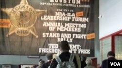 Konvencija Nacionalnog udruženja vlasnika vatrenog oružja (NRA) u Hjustonu