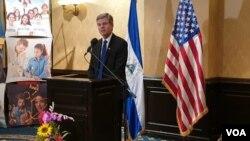 Para Kevin Sullivan, embajador de los Estados Unidos en Nicaragua, la decisión del gobierno de Daniel Ortega de no cumplir los primeros compromisos impidió la posibilidad de avanzar en las negociaciones con la oposición.