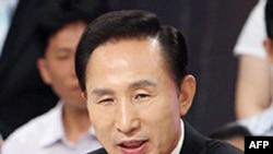 Tổng Thống Nam Triều Tiên Lee Myung-bak, hứa sẽ phát động cuộc chiến chống lạm phát