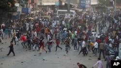 بھارت میں نئے شہریت کے قانون کے خلاف احمدآباد میں ہونے والا احتجاجی مظاہرہ