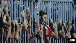 Dea supporters d'Alhy suivant un match de Champions League de leur club et Cotonsport de Garoua au Borg el-Arab, Alexandrie le 8 juillet 2017