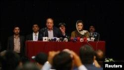 سابق وزیرِ اعظم نواز شریف لندن میں ایک تقریب سے خطاب کر رہے ہیں۔