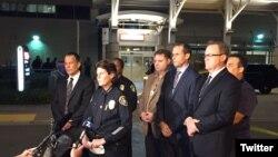 圣地亚哥警察局局长齐默尔曼对记者谈话。