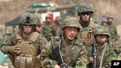 미-한 합동군사연습을 실시하는 양국군