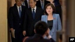 «چوئه سون هوی» مدیرکل آمریکای شمالی وزارت امور خارجه کره شمالی سابقه حضور در تیم هسته ای این کشور را نیز دارد.