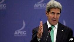 El secretario Kerry dijo que el cierre parcial del gobierno de Estados Unidos es apenas una nota secundaria.