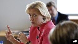 Thượng nghị sĩ Mary Landrieu dẫn đầu một phái đoàn sang thăm Việt Nam từ ngày 19/2-21/2