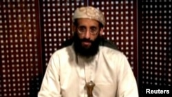Anwar al-Awlaki, warga AS tokoh Al-Qaida Yaman yang tewas tahun 2011 (foto: dok). Pihak berwenang Kanada menangkap pria Pakistan teman dekat Al-Awlaki.