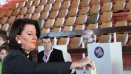 Presidentja Jahjaga dënon incidentet në veri të Kosovës