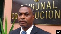 Abel Chivukuvuku