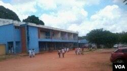 Sindicato quer medidas contra director de educação em Luanda - 1:34