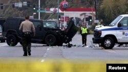 Escena del accidente del sábado en que se vio involucrado el exatleta olímpico, Bruce Jenner, en Malibú, Los Ángeles.