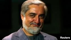 Mantan Menlu Abdullah Abdullah sementara unggul dalam penghitungan awal pilpres Afghanistan dengan hampir 42 persen suara (foto: dok).