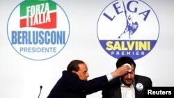 """Лідер """"Форца Італія"""" (Вперед Італія) Сильвіо Берлусконі з політичним союзником Маттео Сальвіні, лідером """"Північної ліги"""""""