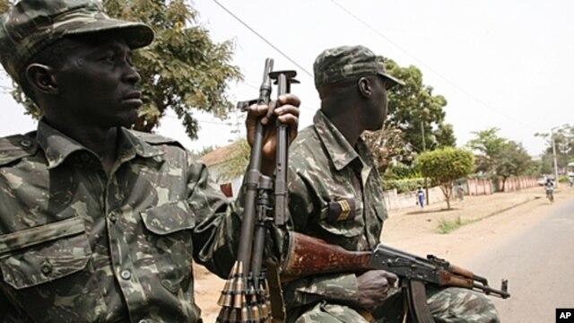 A precisar de reforma. Soldados da Guiné Bissau