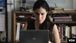 El Departamento de Estado puso de relieve la labor de Yoani Sánchez a favor de la libertad de expresión en Cuba.