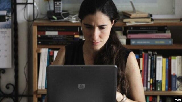 En la última ola represiva para intimidar a los periodistas independientes entre los detenidos estuvo la bloguera Yoani Sánchez.