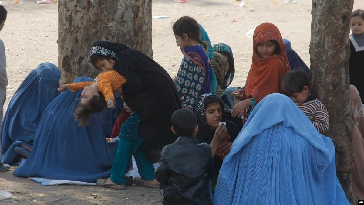 کشور های مهاجر پذیر در سال 2017 بیش از ۶۰۰هزار مهاجر افغان در ۲۰۱۷ به کشور شان برگشته اند