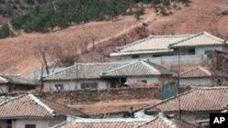 북한 평양 교외 지역 농가.
