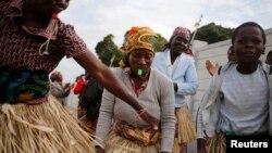 Wasu mata a Mozambique