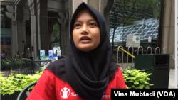 Putri Gayatri, pelajar SMA di Bandung, anggota delegasi anak yang terpilih untuk rangkaian kegiatan Sidang Umum PBB di New York (Foto: VOA/Vina)