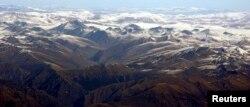 從尼泊爾空中俯瞰青藏高原喜馬拉雅山脈。(資料照片)