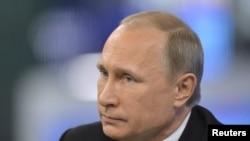 Tổng thống Putin cáo buộc Hoa Kỳ tìm cách duy trì sự thống trị đối với các vấn đề trên thế giới.