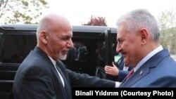 بن علی یلدریم، صدراعظم ترکیه، روز یکشنبه وارد کابل شد و با رهبران حکومت افغانستان دیدار کرد