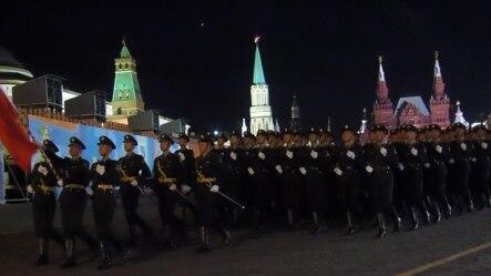 5月4日莫斯科红场彩排中的中国军队 (美国之音白桦拍摄)
